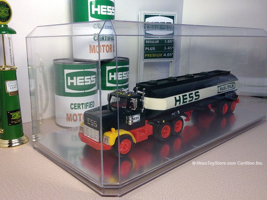 Hess 1984 Truck in Deluxe Display Case